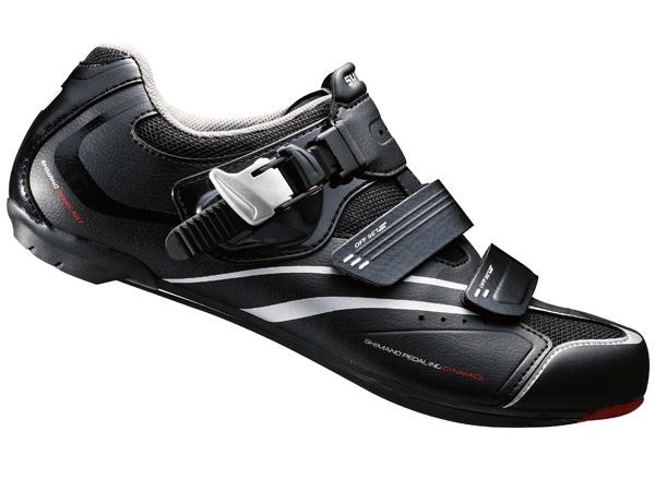 Shimano R088 en fantastiskt prisvärdsko i syntetiskt läder och klickspänne.