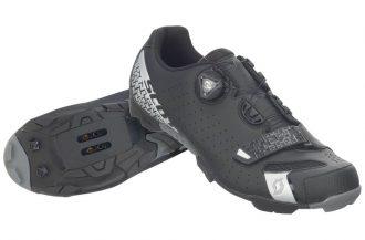 mtb sko med skruv som snörning